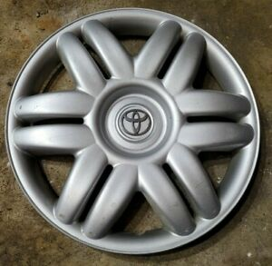 1 Oem 2000 2001 Toyota Camry Le 15 Hubcap Wheel Cover 0c P N 42621 Aa070