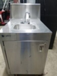 Qualserve Stainless Steel Hand Wash Station portable Sink Hot And Cold Water
