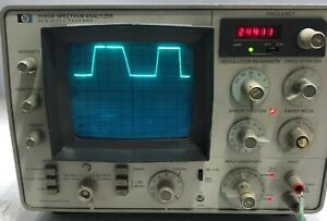Hewlett Packard Hp 3580a Spectrum Analyzer And Tracking Generator Sale As It Is