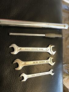 Bmw Oem E30 E24 E28 325 318 635 535 528 Small Trunk Tool Kit Wrench Spanner