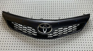 2012 2013 2014 Toyota Camry Se Front Grill With Emblem Oem 53111 06420