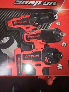 New Snap on 14 4 V 3 8 And 1 4 Master Pack Set