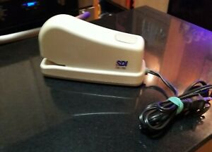 Vintage Sdi Model 1170 Electric Stapler Tan Colored Made In Taiwan