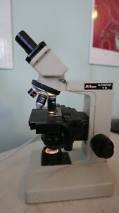 Nikon Alphaphot Ys Microscope Lighted With 3 Objectives Tested