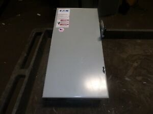 Eaton 100 Amp Fusible Safety Disconnect Switch 240 Vac 3 Pole Dg323ngb