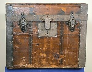 C 1880 Antique Salesman Trunk W Top Handle Only Paper Over Wood 15 W X 12 H