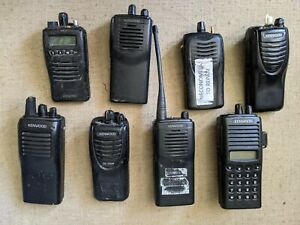 Kenwood Two Way Radios Vhf Fm Transceiver Lot Of 8 Batteries Not Included