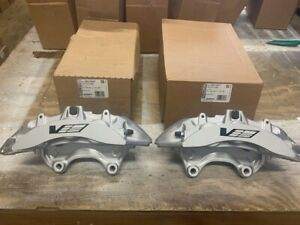New Genuine Gm 09 14 Cadillac Cts V Brembo Silver 6 Piston Front Calipers Ctsv
