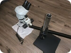 Olympus Model Sz61 Stereo Microscope With Stand