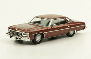 Chevrolet Caprice 1976 Diecast 143 Mexican Cars New And Sealed Withmagazine