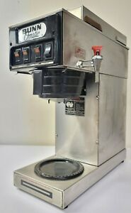 Bunn o matic Commercial Coffee Maker brewer Model Stf 35 Hot Water 3 Warmers