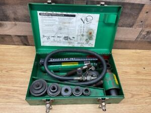 Greenlee Model 767 Hand Pump Hydraulic Knockout Punch Driver Set