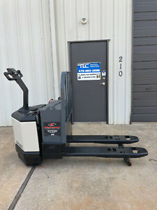 Crown Pw3520 60 Electric Pallet Jack Only 3201 Hours