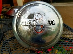 Vintage Pontiac 8 Dog Dish Style Hubcap Prompt And Free Shipping
