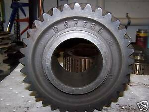 John Deere R57768 Gear Used For 8430 8630 4640 4840 Etc