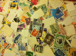 Used off Paper 1000 WW Stamps From huge HOARD BOX collection FREE SHIPPING $12.99