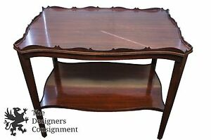 Mid Century Mahogany 2 Tiere Medallion End Side Table Scalloped Trim Night Stand