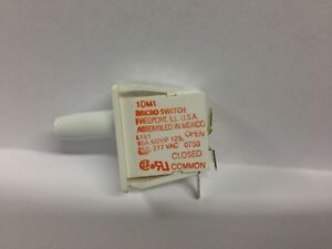 100 Honeywell Microswitch Snap Action Switch Spdt Panel Mount Part Number 1dm1