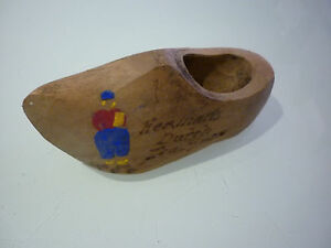 Vintage Shoe Figurine Wood Carved Hand Painted Thimble Or Pin Cushion Holde
