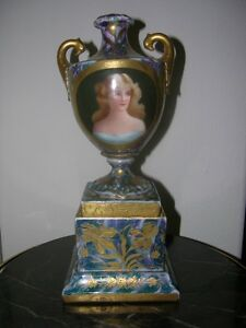 Magnificent Royal Vienna Urn Early 20th Century Hand Painted And Signed