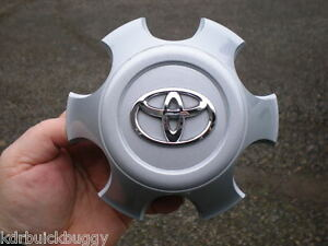 2009 2015 Toyota Tacoma Painted Silver Center Cap P N 4260b 04020