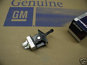 77 78 79 80 81 82 C3 Corvette New Gm Air Condition Blower Motor Fan Switch