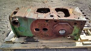 John Deere 80 820 Main Case