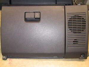 89 95 Toyota Pickup Truck 4runner Glovebox Glove Box Gray No Speaker No Key