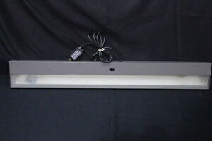 Herman Miller 46 Under Cabinet Cubicle Fluorescent Light 120v 60hz 67amp