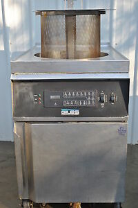 Giles Gef 720 Low Pressure Fryer With Filter System
