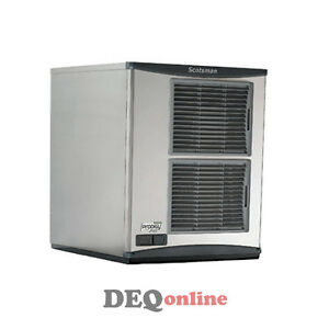 Scotsman F1522a 32 Flake Ice Machine makes Up To 1500 Lbs Air Cooled