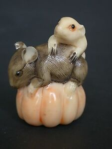 Japanese Ivory Colored Bone Netsuke Black White Mouse Mice On Pumpkin Signed
