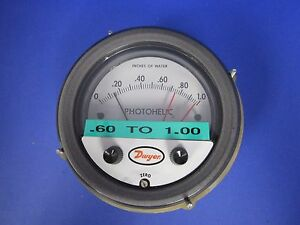 Dwyer 3001 Photohelic Pressure Switch gage Module Only 0 1 0 Of Water Used