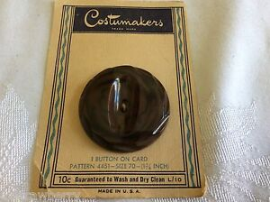 Vintage Art Deco Celluloid Carved Large Button 1 75 On Card Costumemakers Brown