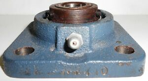 Skf Fy10 Ball Bearing Flange Unit 5 8 Bore 3x3 Square 1 1 8 Thick