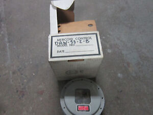 Mercoid Control Gauge Mercury Pressure Switch Daw 33 2 8 N o s