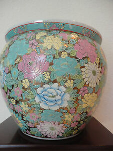 Antique Large Chinese Famille Rose Porcelain Millefleur Fish Bowl Planter Vase