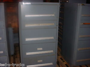 Vidmar Stanely Tool Cabinet one 59 1 4 Tall 30 W 29 D Used Military Surplus