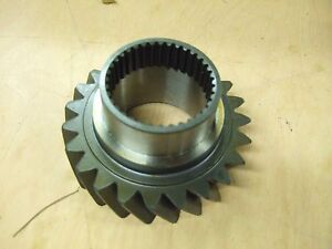 John Deere 4050 4250 4055 4255 Mfd Gear R71928 With Power Shift Trans
