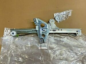 Genuine Lexus Gs300 Front Door Window Left Regulator 69802 30190