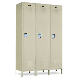 Single tier Metal School Lockers 45 w X 18 d X 72 h 78 h W legs 3 Openings