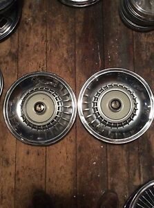 1964 Chrysler Imperial Hubcaps 15