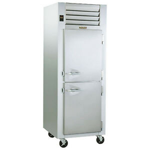 Traulsen G12000 Hinged Right 1 Section Reach in Dealer s Choice Freezer