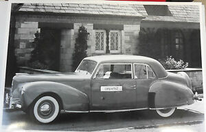 12 By 18 Black White Picture 1940 Lincoln Zephyr Convertible