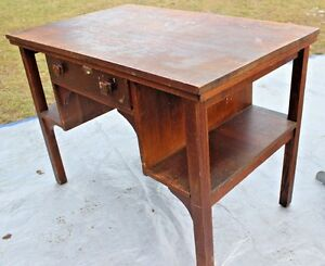 Vintage Early American Mission Arts And Crafts Oak Table