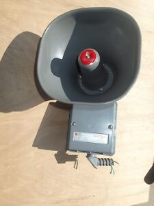 Federal Signal Selec tone 300d Pa Speaker Public Address Horn Siren Alarm