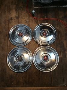 1955 56 Ford Hubcaps 15