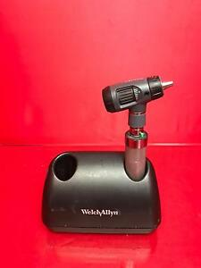 Welch Allyn 71670 Desk Charger W Nicad Handle And Opthalmoscope