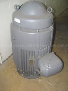Holloshaft 40 Hp Enclosed Vertical Pump Motor Type Ju3 1800 Rpm 440v