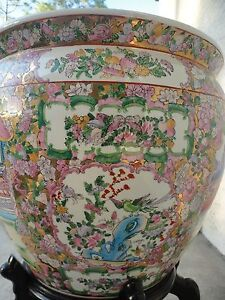 Chinese Large Famille Rose Porcelain Fish Bowl Planter Pot Vase